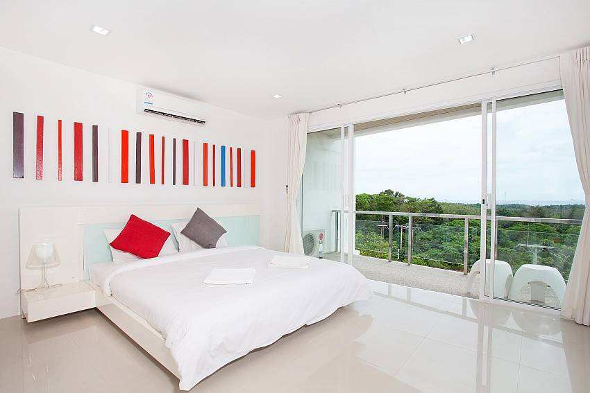 Master Bedroom_long-beach-sea-view-penthouse-4a_2-bedroom-condo_koh-lanta_phuket_krabi_thailand