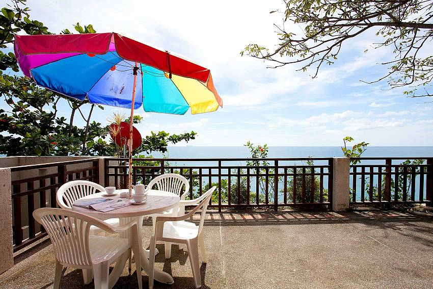Large Balcony & Beautiful Views_talay-view-villa_1-bed_villa_koh-lanta_phuket_krabi_thailand