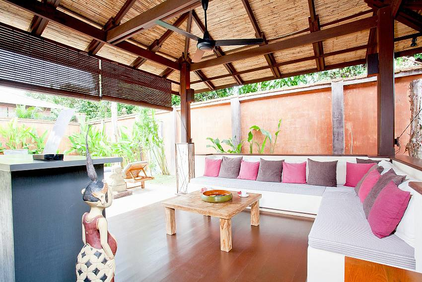 Comfortable Sofa_villa-suay_2-bedroom_private-pool_klong-nim-beach_koh-lanta_phuket_krabi_thailand