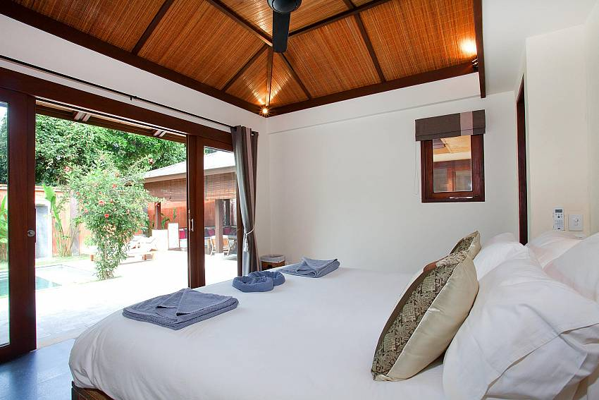 Poolside Bedroom_villa-suay_2-bedroom_private-pool_klong-nim-beach_koh-lanta_phuket_krabi_thailand