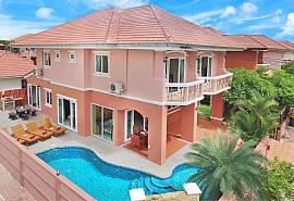 บ้านนอม-เอลลา บ้านพัก 4 ห้องนอน พร้อมด้วยสระว่ายน้ำ และจากุซซี่ พัทยาจอมเทียนให้เช่ารายวัน