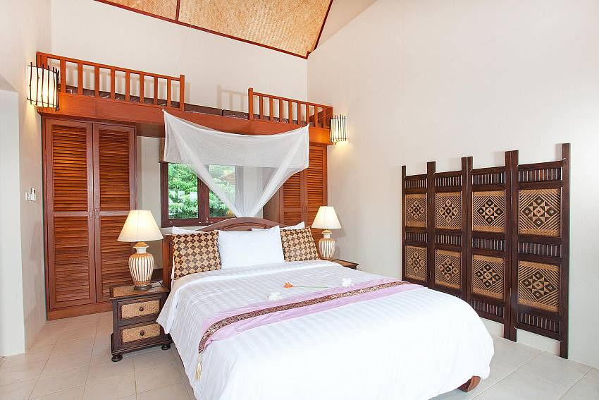 Bedroom 2_baan-kiaow_2-bedroom-villa_shared-infinity-pool_sea-views_ba-kantiang_koh lanta_thailand