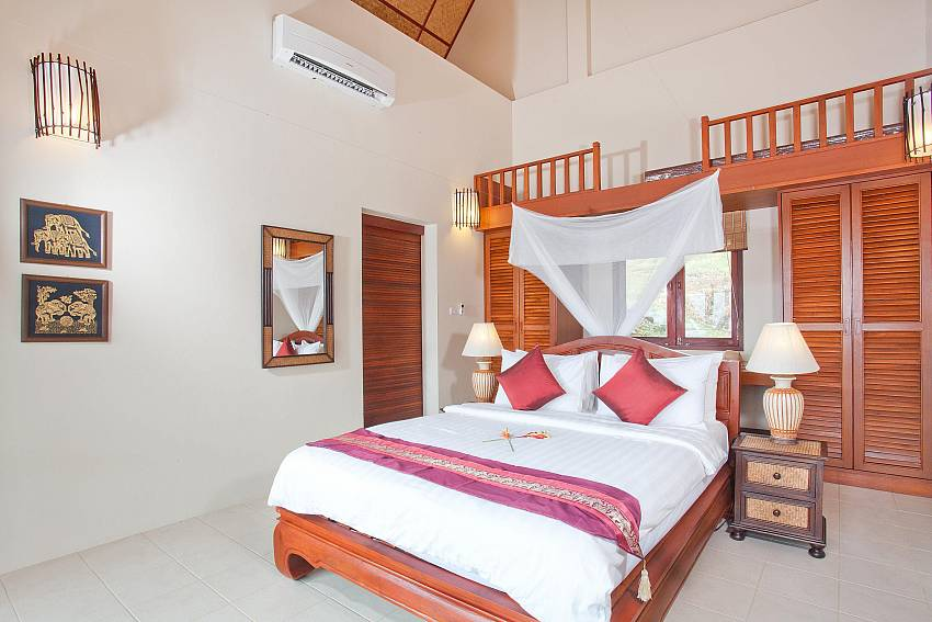 Bedroom 1_baan-muang_2-bedroom-villa_shared-infinity-pool_sea-views_ba-kantiang_koh lanta_thailand