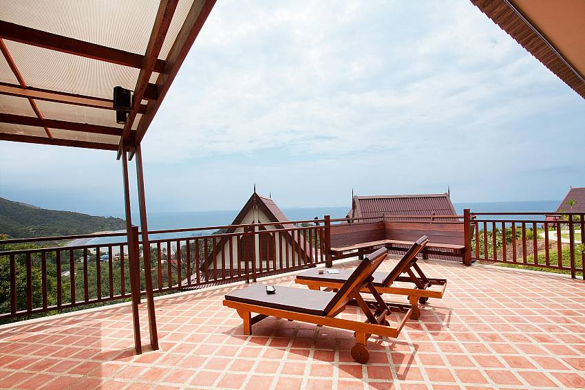 The Terrace_baan-muang_2-bedroom-villa_shared-infinity-pool_sea-views_ba-kantiang_koh lanta_thailand