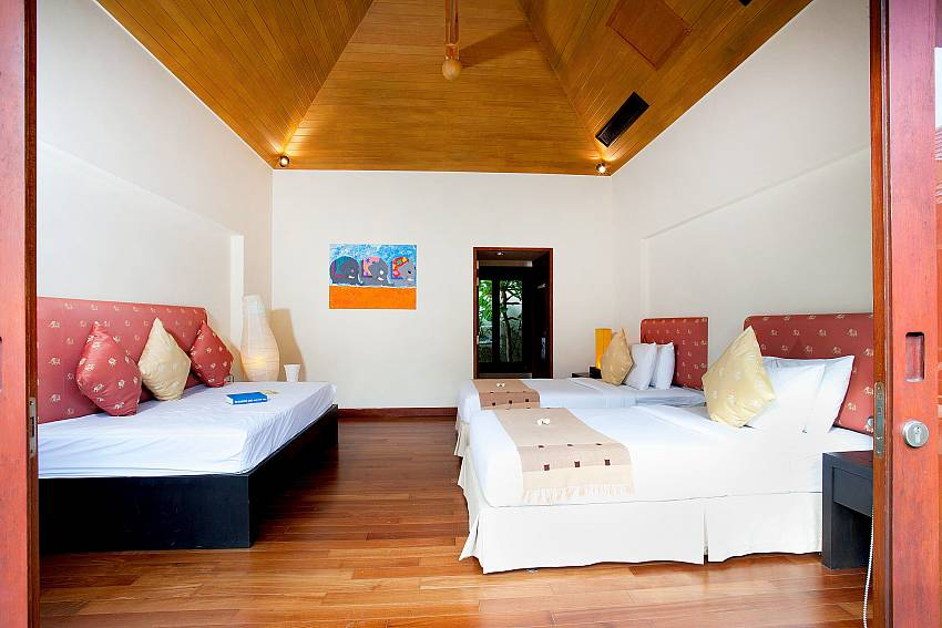3. bedroom with twin beds at Bang Tao Bali Villa in Phuket