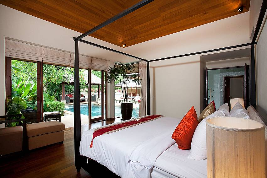 Main Bedroom_bang-tao-bali_3-bedroom-villa_private-pool_bang-tao_phuket