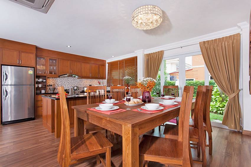 Dining Table and Kitchen-Baan Nomella_luxury-villa_Pattaya