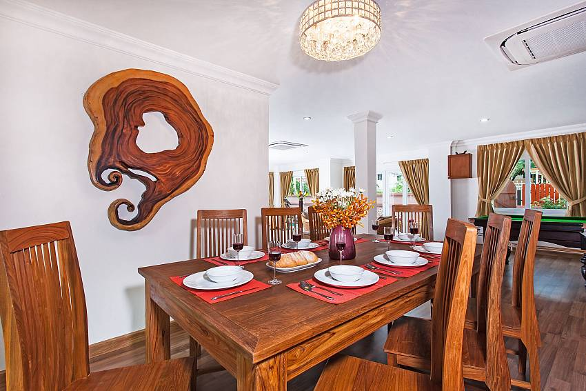 Dining Table seats 8-Baan Nomella_luxury-villa_Pattaya