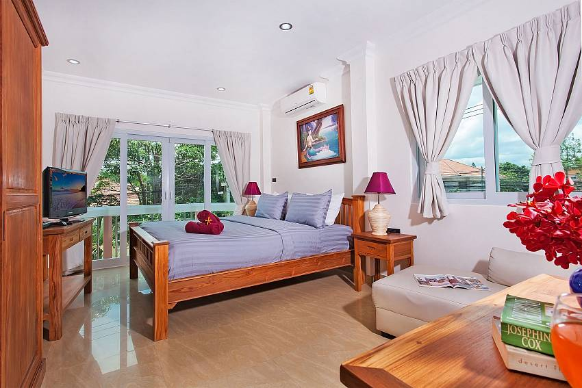 Main Bedroom overlooks gardens-Baan Nomella_luxury-villa_Pattaya