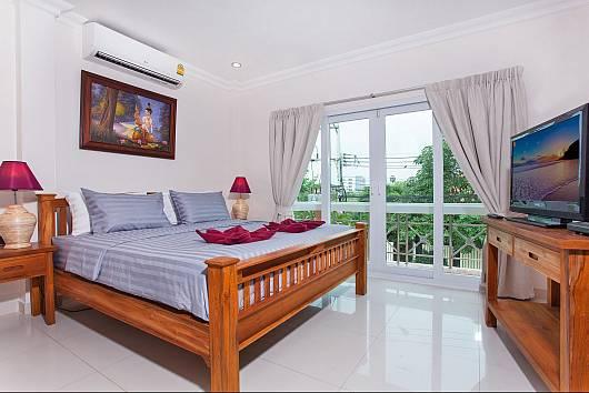 Аренда виллы в Паттайе: Baan Nomella, 4 Спальни. 7680 бат в день