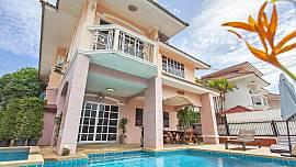 Baan Phailin - 4 Bed - Family Villa Near Jomtien Beach