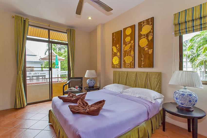 4. en suite bedroom with access to the terrace at Jomtien Sunny Villa Pattaya