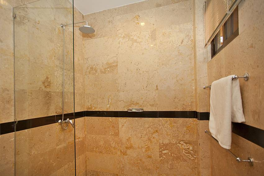 Attached private bathroom of 2. bedroom at Sunny Villa Pattaya