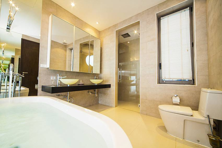 Bathroom design Of Seductive Sunset Villa Patong