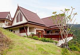 Baan Chompuu | Modern 2 Bed Sea View House on Koh Lanta West Coast