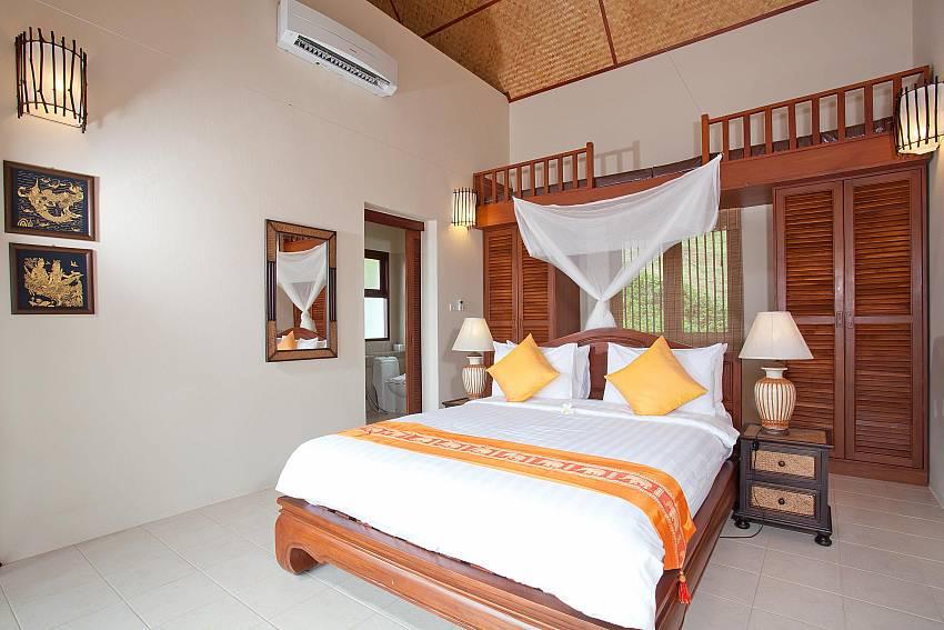 Bedroom with en suite bathroom Of Baan Chompuu (Second)