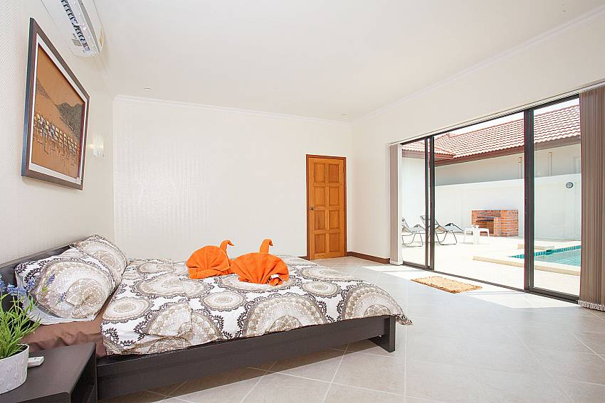 2. bedroom with pool access in Insignia Villa Central Pattaya