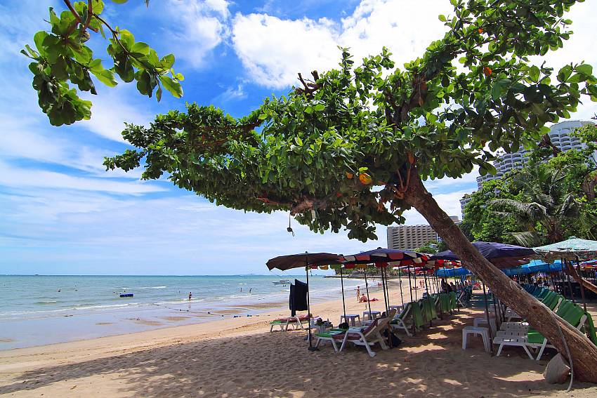 Idyllic Cosy Beach close to Insignia Villa in Pattaya
