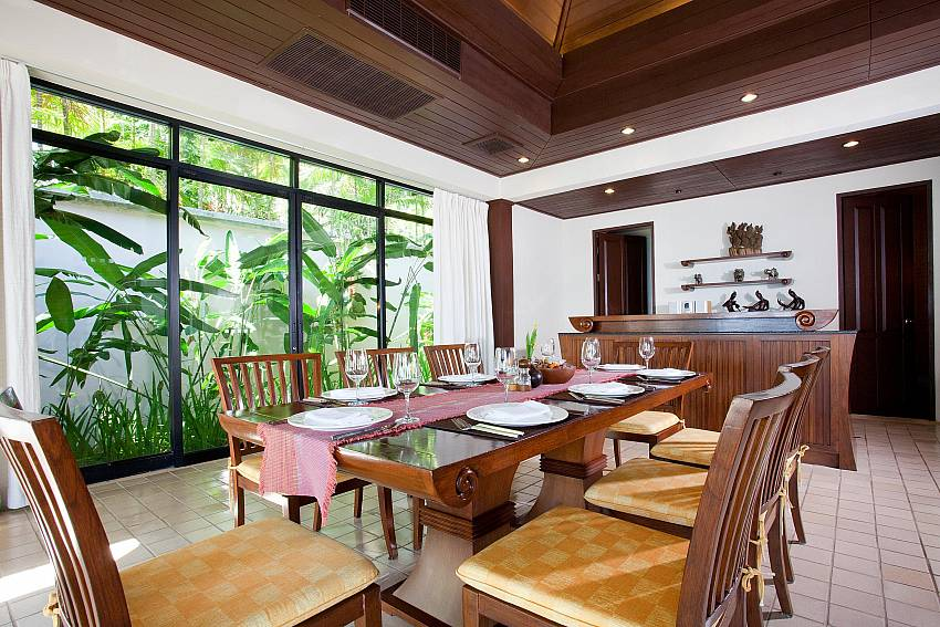Dining table in the house Of Pimalai Beach Villa