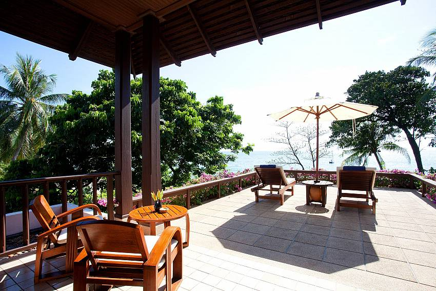 Comfortable balcony Of Pimalai Beach Villa