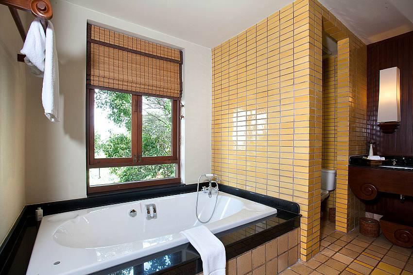 Jacuzzi tub Of Pimalai Pool Villa Stylish