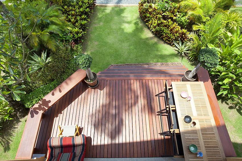 Top view down below overlooking the garden Of Siam Sunrise Villa