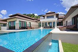 Feudale 4 Schlafzimmer Meerfront Villa mit großem Pool und Garten Koh Chang
