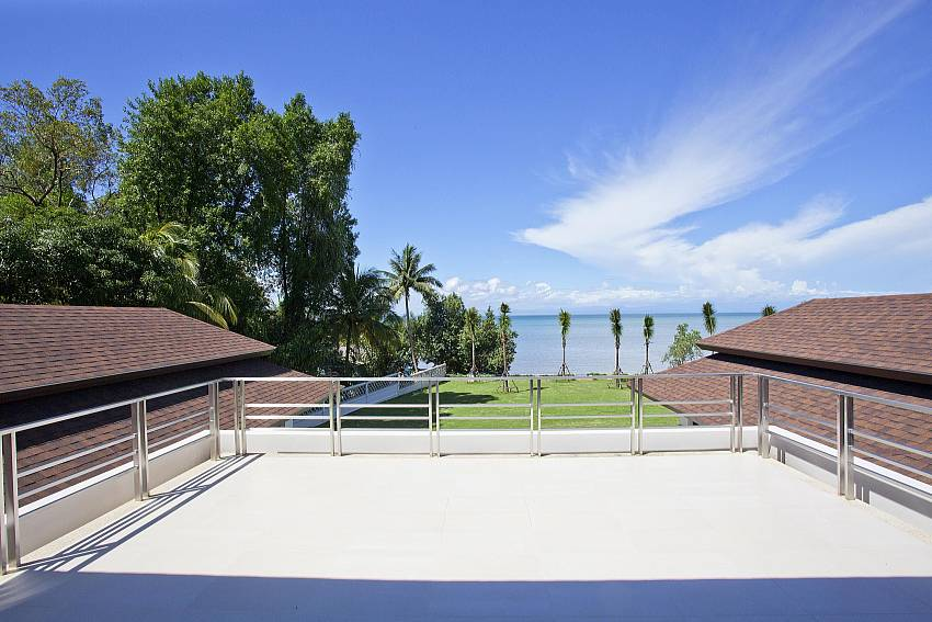Roof Balcony Of Koh Chang Wave Villa A