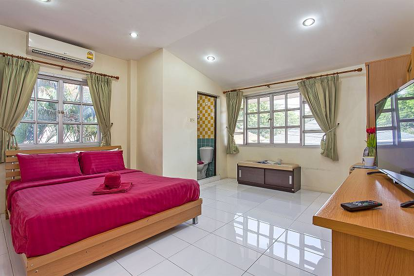 Baan Phailin | 4 Bed Villa with Private Pool near Jomtien Beach Pattaya