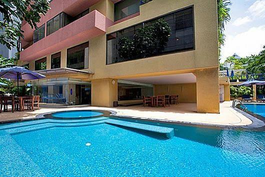 Снять апартаменты в Бангкоке: Sala Daeng Deluxe Suite Room 1207, 1 Спальня. 6355 бат в день