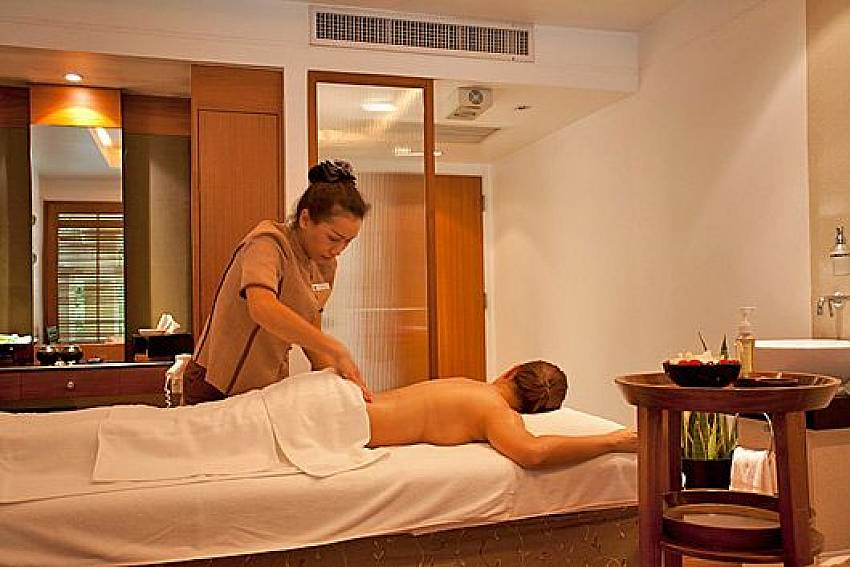 Private massage Of Sala Daeng Deluxe Suite Room 1207