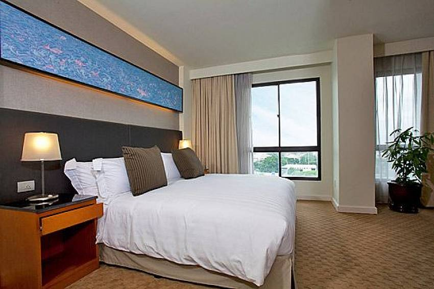 Bedroom views Of Sathorn Suite Room 7073