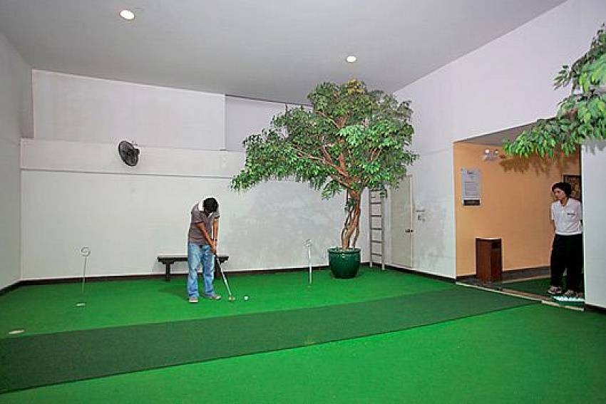 Room golf Of Sathorn Suite Room 7073