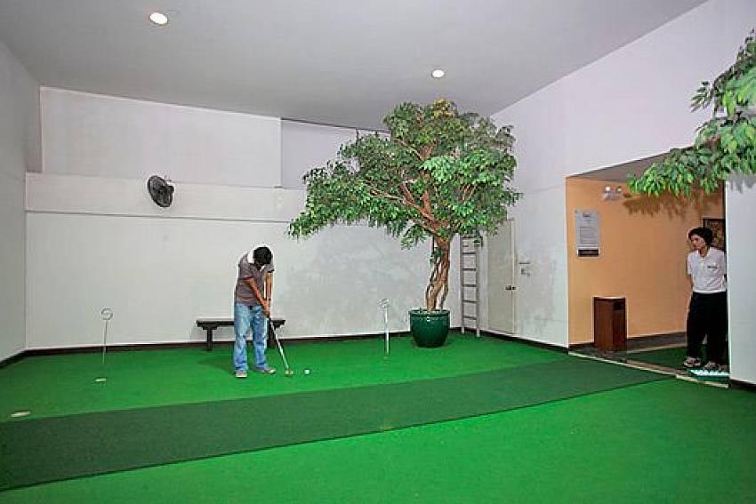 Room golf Of Sathorn Suite Room 7073