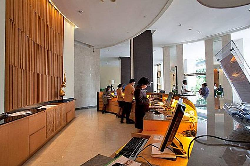 Computer services with internet Of Sathorn Suite Room 7073