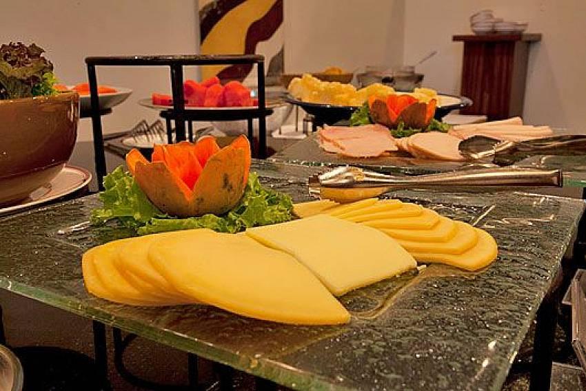 Italian food Of Sathorn Suite Room 7073