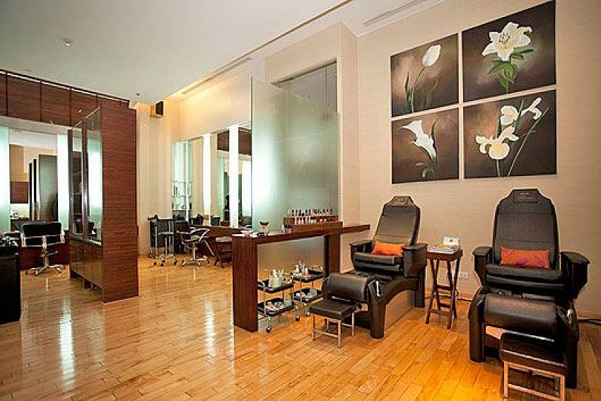 Chair massage Of Sathorn Suite Room 7073