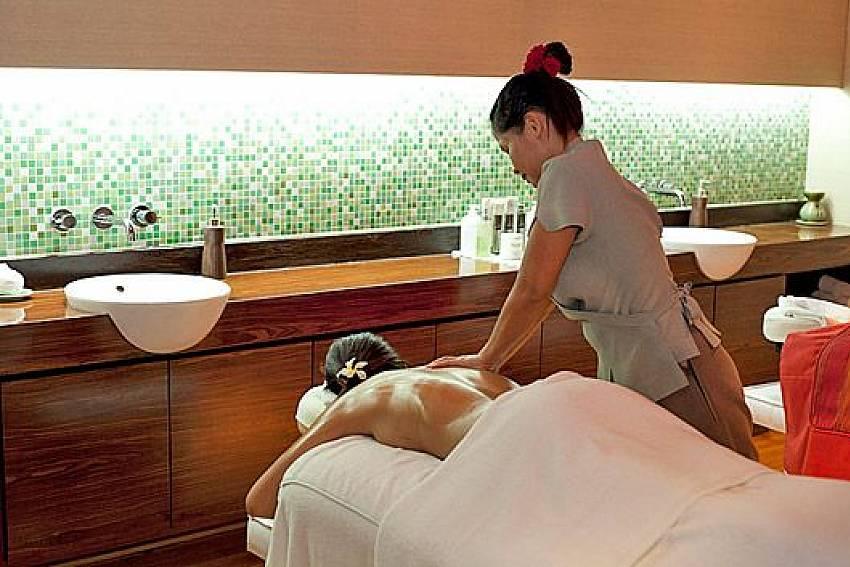 Private Massage Of Sathorn Suite Room 7073