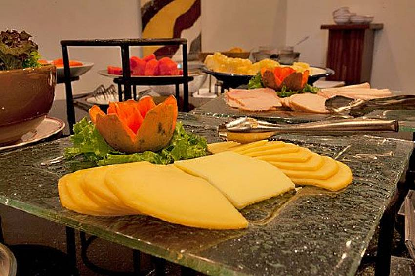 Italian food Of Sathorn Suite Room 7071