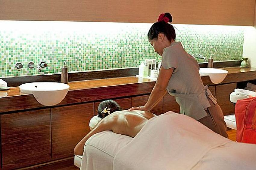 Massage with staff Of Sathorn Suite Room 7071
