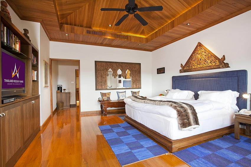 Bedroom built in Of Teak Villa Suandok (First)
