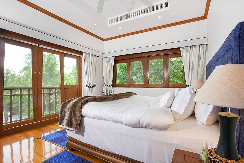 Bedroom see views Of Teak Villa Suandok (Second)