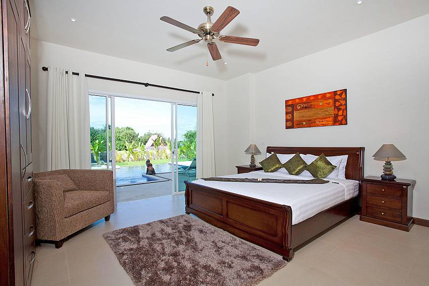 Bedroom near the pool Of Villa Yok Kiao (Third)