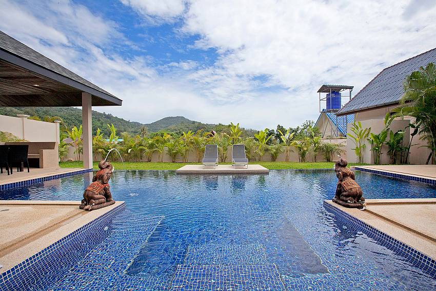 Swimming pool Of Villa Ampai