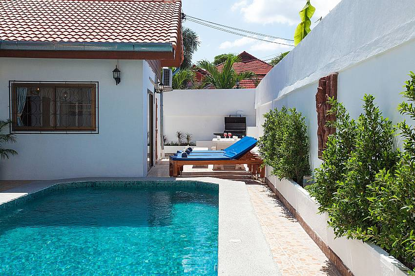 Sun beds by the private pool of Khao Talo Villa Pattaya