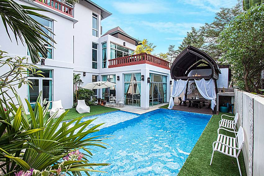 House with garden and the pool Of Jomtien Waree 6
