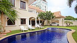 Baan Suan Suay - 3 Bed - 1km from Cosy Beach