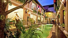 Jomtien Lotus Villa - 8 Bed - Ultra-luxury Classic Design
