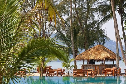 Аренда виллы на Ко-Чанге: Koh Chang Beach-Front Villa, Klong Son, 3 Спальни.  бат в день