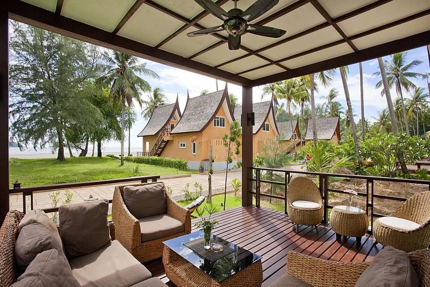 Sofa outdoor Of Koh Chang View Villa